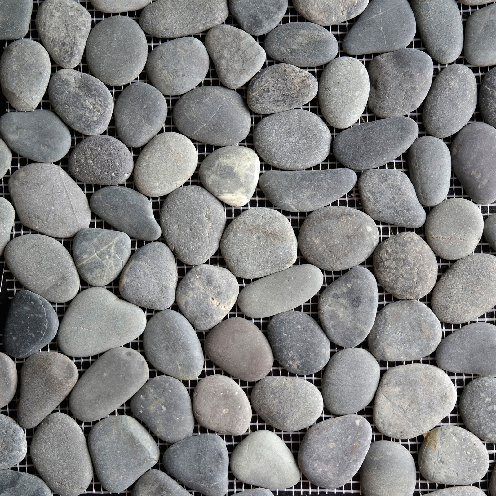 Round Pebble Mosaic Black Stone Honed