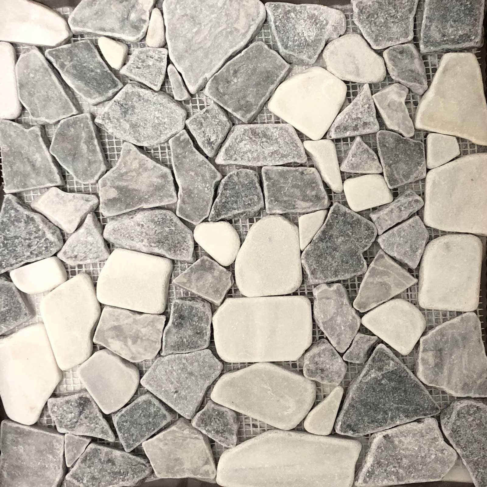Flat Pebble Mosaic Chelsea Grey With Bianco Marble Honed